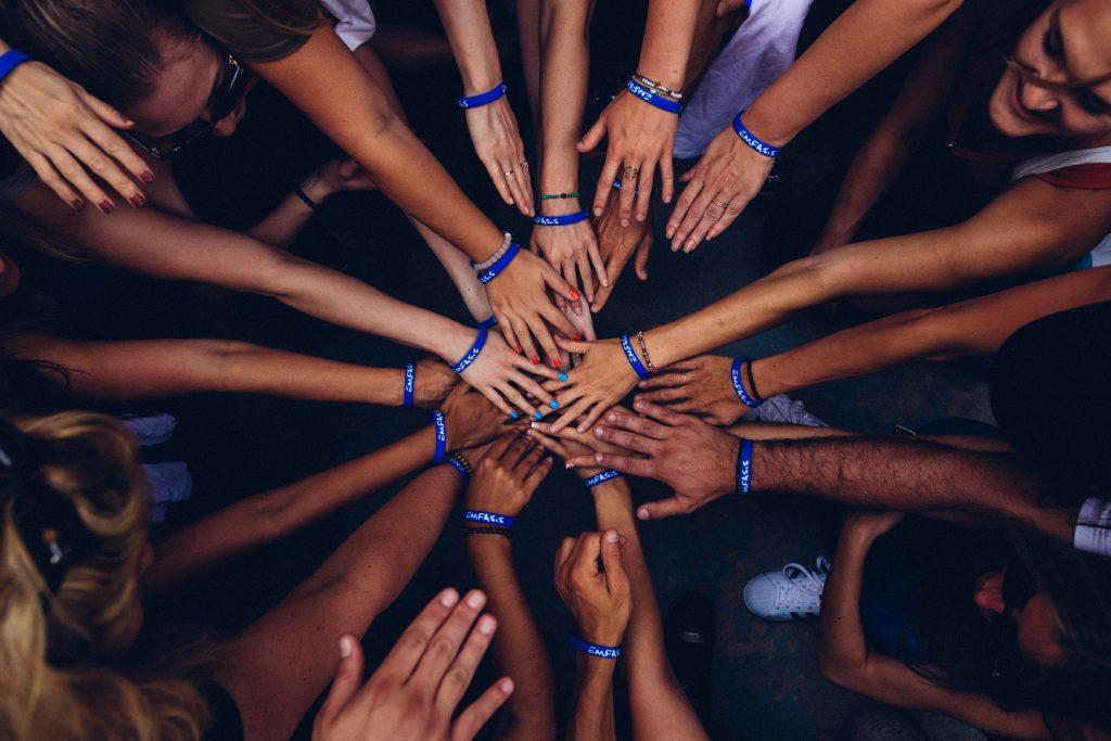 fundacion pablo landsmanas, importancia del voluntariado, jack landsmanas, corporativo kosmos rse, responsabilidad social de corporativo kosmos